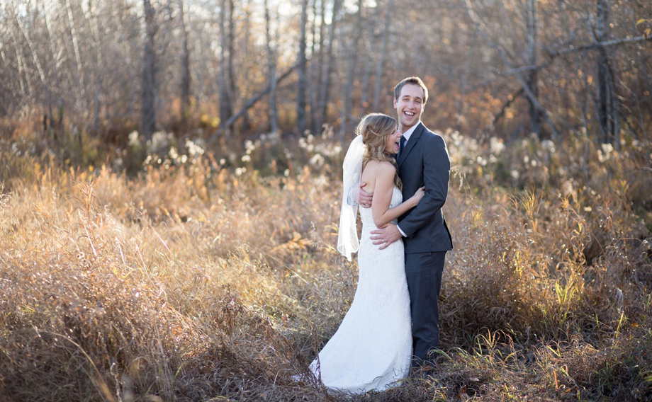 edmonton wedding photographer photography photographer river vallet field sunset thistles